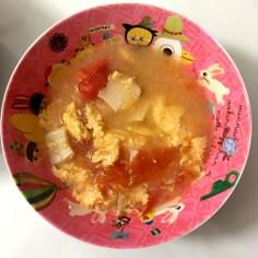 きのこ入り♪トマトとふわふわ卵のお味噌汁