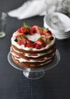 イチゴのネイキッドケーキ