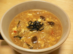 白菜で酸っぱ辛い酸辣湯(スーラータン)