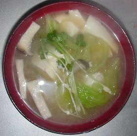 キャベツ&エリンギ&豆腐の味噌汁