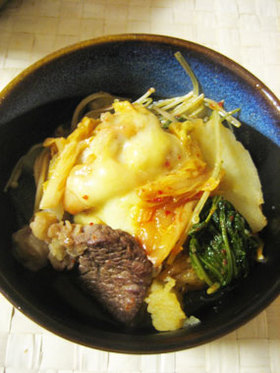 ジャガイモのキムチチーズ鍋