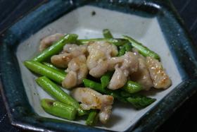 アスパラと鶏肉の炒め物
