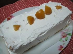 クリのスノウロールケーキ