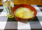 白菜の味噌汁にヘルシ~擦り胡麻とえごま油
