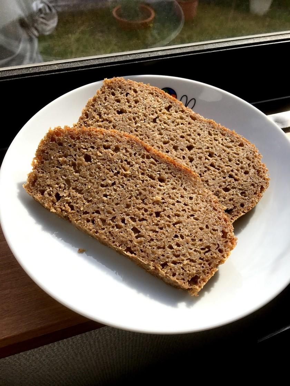 HBでライ麦100%パン ココナッツSO