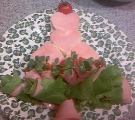 簡単!ポテサラとハムのハートツリーサラダ