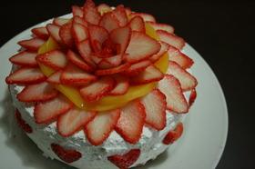 いちご♡のデコレーションケーキ