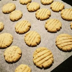 米粉の胡麻クッキー