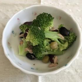 ブロッコリーの豆サラダ