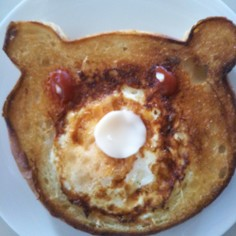 くまパンで朝ごぱん