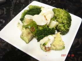 ブロッコリーのオリーブオイルサラダ♪