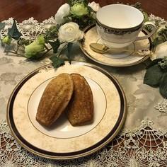 紅茶のしっとりマドレーヌ