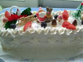 ケーキ屋さんのデコレーションケーキ