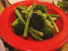 ブロッコリーとアスパラ*シンプル温野菜