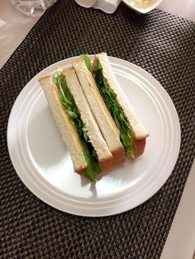 チーズハムサンドイッチ