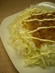 キャベツをたくさん食べるサラダ!の写真