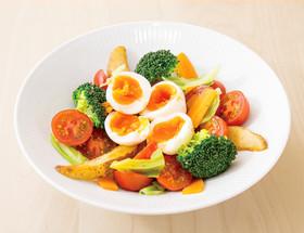 温野菜のエッグソースサラダ
