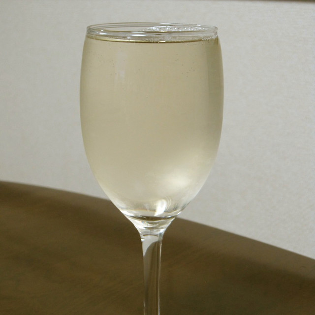 炭酸 水 ワイン