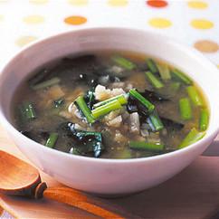 長いもと小松菜のみそスープ