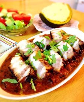 豚バラ醤油煮でゴロゴロ角煮カレー