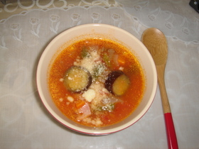 ルクで簡単たっぷりナス野菜のトマトスープ