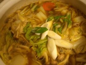カレーのルウを使った簡単美味なカレー鍋!