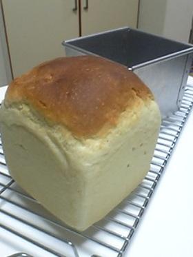 フルーツ缶シロップで作る食パン☆