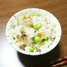 桃屋のきざみしょうが使用♡炊き込みご飯