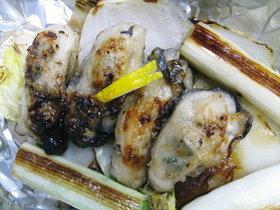 焼いてから包む♪牡蠣と白菜のホイル焼き
