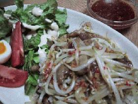 豚バラとモヤシのベトナム風丼