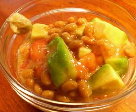 アボカドトマト納豆