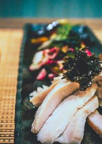 低温調理の塩麹漬けゆで鶏と野菜オードブル