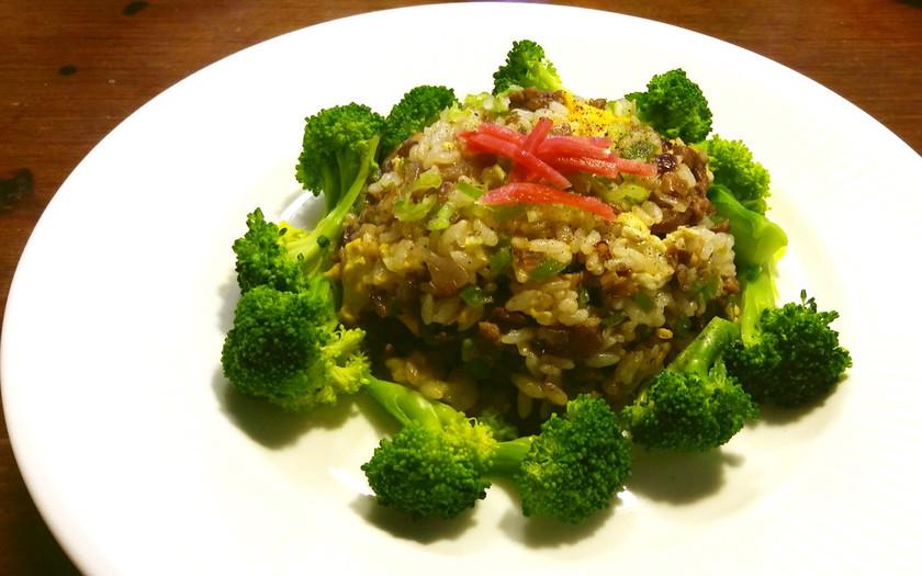 牛肉とブロッコリのサラダ・チャーハン