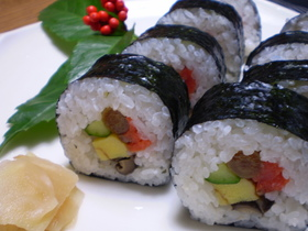 おせちの残りで太巻き寿司