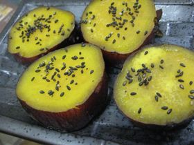 ほんのり甘い サツマイモのハチミツ煮