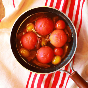 トマトとドライトマトのスパイシーコンポート