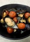 トマトとムール貝のオリーブオイル炒め