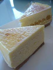 極みの白いNYチーズケーキの写真