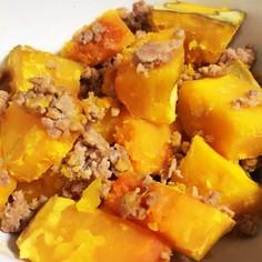 簡単甘さ黄金比!かぼちゃと豚そぼろの煮物