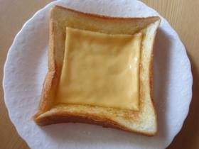 チーズシュガートースト(^。^)