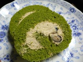 抹茶のロールケーキ和風きなこクリーム♪
