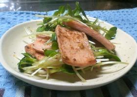 魚肉ソーセージと貝割れの和え物