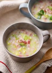 レンジで♪白菜ベーコンの糀甘酒マグスープの写真