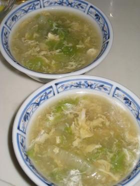 とろとろ白菜と卵の中華スープ