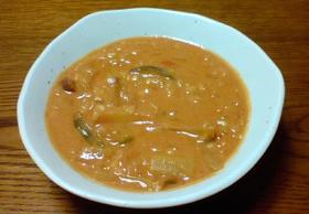 トマトとベーコンベースの野菜豆乳リゾット