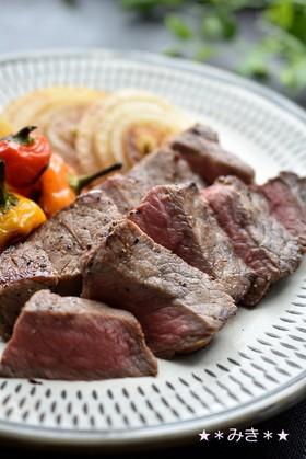 赤身の肉に魔法☆オイルマリネのステーキ