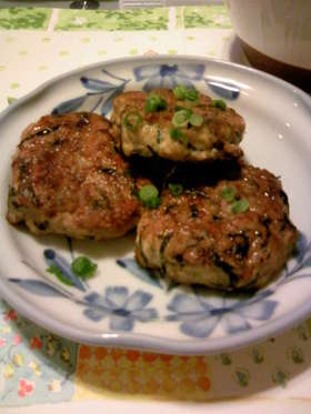 ひじきの煮物 de 鶏ミンチハンバーグ