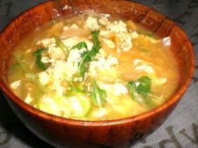 卵と玉ねぎの味噌汁