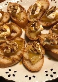 セレブ感!パイナップルとチーズのカナッペ