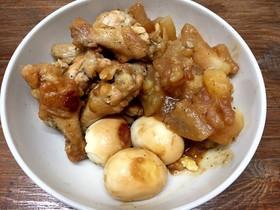 骨付き鶏肉と大根、じゃがいもの煮込み